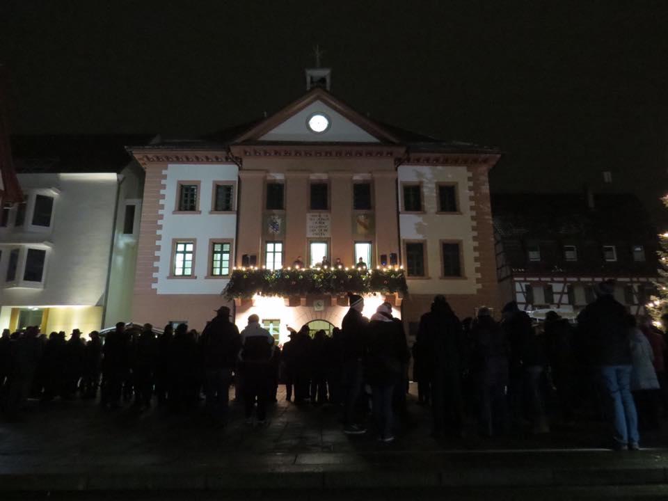 palvino Eppingen HGV Ziehung Lose Balkon Rathaus Philipp Loll Klaus Holaschke 2